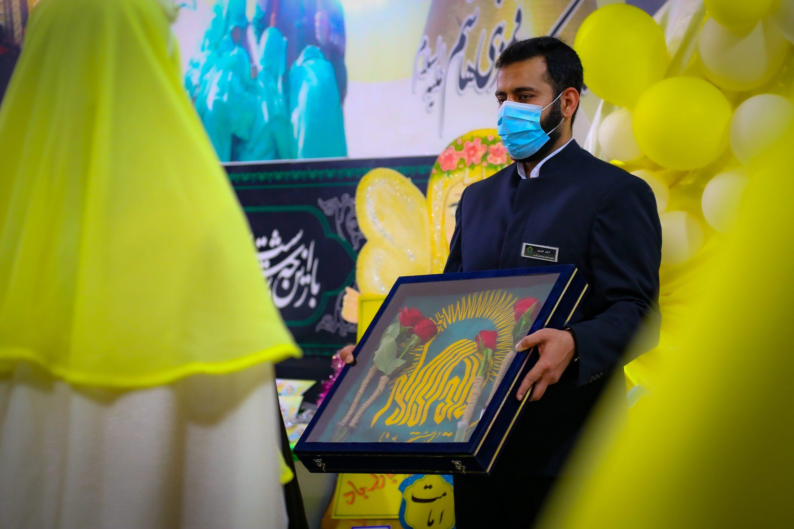 جشن تکلیف ۳۲ نفر از  دانش آموزان پایه سوم